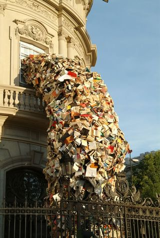 Alicia-martin-book-building